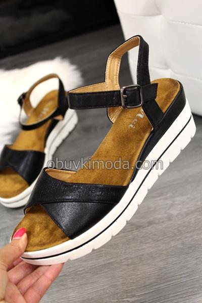 Дамски сандали на ниско ходило - WT60-BLACK